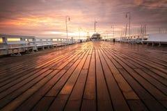 Embarcadero de Sopot en el amanecer Imagen de archivo libre de regalías