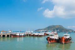 Embarcadero de Vungtau con muchos barcos Fotografía de archivo