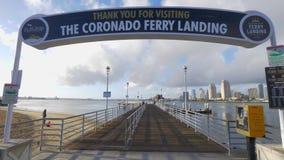 Embarcadero del aterrizaje del transbordador de Coronado - CALIFORNIA, los E.E.U.U. - 18 DE MARZO DE 2019 almacen de video