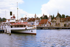 Embarcadero del barco de Lucerna Imagen de archivo libre de regalías