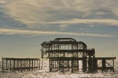 Embarcadero del oeste arruinado, Brighton, Sussex, Inglaterra imágenes de archivo libres de regalías