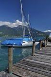 Embarcadero del velero, Thunersee, Spiez, Suiza Foto de archivo libre de regalías