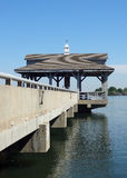 Embarcadero en Blythe Landing en el normando del lago en Huntersville, Carolina del Norte Fotografía de archivo