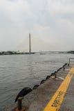 Embarcadero en Chao Praya River, Bangkok, Tailandia Imágenes de archivo libres de regalías