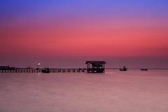 Embarcadero en crepúsculo Fotografía de archivo libre de regalías