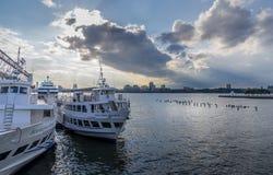Embarcadero en el Hudson imagen de archivo libre de regalías