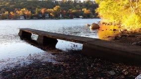 Embarcadero en el lago Imagenes de archivo
