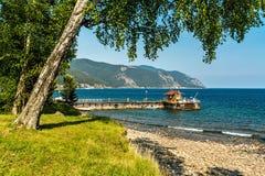 Embarcadero en el lago Baikal Imagen de archivo