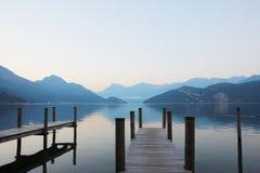 Embarcadero en el lago lucerne Foto de archivo libre de regalías