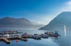 Embarcadero en el lago Lugano, Suiza Foto de archivo libre de regalías