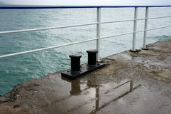 Embarcadero en el mar Imágenes de archivo libres de regalías