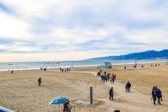 Embarcadero en la puesta del sol, Los Ángeles de Santa Monica de la playa Imágenes de archivo libres de regalías