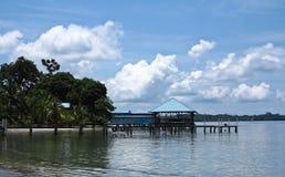 Embarcadero en los dos puntos de Isla Fotografía de archivo