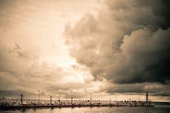 Embarcadero en Polonia antes de la tormenta Fotos de archivo libres de regalías