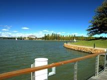 Embarcadero en un lago Fotografía de archivo