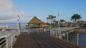 Embarcadero hermoso de Coronado en la bah?a de San Diego - California, los E.E.U.U. - 18 de marzo de 2019 almacen de video