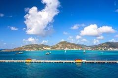 Embarcadero para los barcos de cruceros en Philipsburg Sint Maarten Imagen de archivo