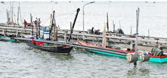 Embarcadero tailandés de la pesca Imagenes de archivo