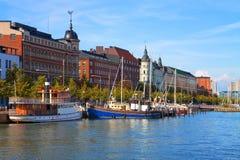 Embarcadero viejo de la ciudad en Helsinki, Finlandia Fotos de archivo libres de regalías