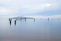 Embarcadero viejo de Sausalito en el amanecer imágenes de archivo libres de regalías