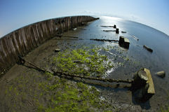 Embarcaderos quebrados en la playa de Biloxi Fotografía de archivo libre de regalías