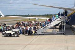 Embarquement à un avion de passager Photos stock