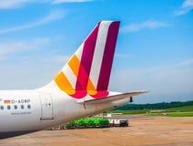Embarquement d'Airbus A319 dans le hdr de Hambourg Image libre de droits