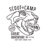 Emblème de camp de scout dans la ligne style mince Photo libre de droits