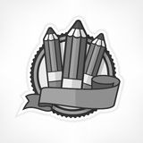 Emblème gris avec des crayons sur le blanc illustration de vecteur