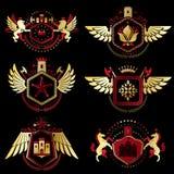 Emblèmes héraldiques décoratifs de vecteur de vintage composés avec l'élément illustration stock