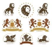 Emblèmes réglés avec les lions héraldiques Photos stock