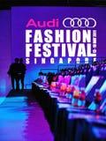 Embleem en achtergrond van Audi Fashion Festival 2011 Stock Afbeelding