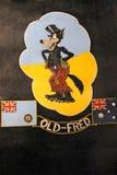 Embleem op de bommenwerper 'Old Fred' van Lancaster bij Keizeroorlogsmuseum, Londen, het Verenigd Koninkrijk stock foto's