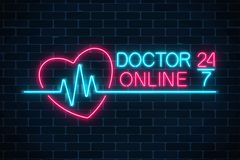 Embleem van het artsen het online gloeiende neon op donkere bakstenen muurachtergrond Mobiele geneeskunde 24 uur op 24 uur 24 7 a Royalty-vrije Illustratie