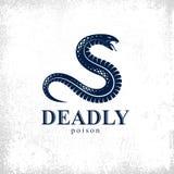 Embleem van het slang het vectorembleem of tatoegering, dodelijk vergift gevaarlijk serpent, vergift agressieve roofdier reptiel  royalty-vrije illustratie