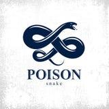 Embleem van het slang het vectorembleem of tatoegering, dodelijk vergift gevaarlijk serpent, vergift agressieve roofdier reptiel  stock illustratie