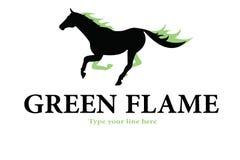 Embleem van paard het groene vlammen royalty-vrije stock afbeeldingen