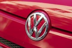 Emblem av det Volkswagen bilföretaget arkivfoton