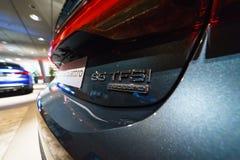Emblem av mitt--format den lyxiga bilAudi A7 Sportback 55 TFSI quattroen Arkivfoton