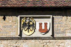 Emblem av Rothenburg obder Tauber, Kobolzell port royaltyfria bilder