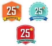 emblem för etikett för tappning för färg för lägenhet för 25 år födelsedagberöm, 25th årsdag stock illustrationer