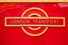 Emblem för tappningLondon transport arkivbilder