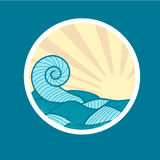 Emblem med den havsvågen och solen Arkivbilder