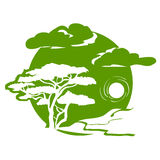 Emblem mit Baum und Landschaft Lizenzfreies Stockfoto
