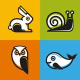 Emblem och symboler för vektor djura i plan stil Arkivfoton