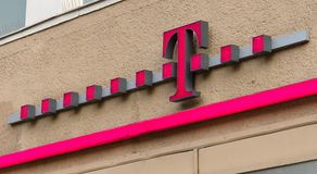 Emblem T-Mobile. royaltyfria foton