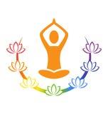 Emblem-Yogahaltung mit chakra Lotos lokalisiert auf Weiß Stockfotos