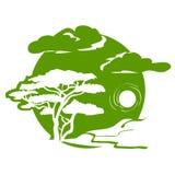 Emblema con l'albero ed il paesaggio Fotografia Stock Libera da Diritti
