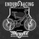 Emblema da bicicleta com elementos do grunge ilustração do vetor