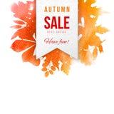 Emblema da venda sobre o fundo com folhas de outono Fotografia de Stock Royalty Free